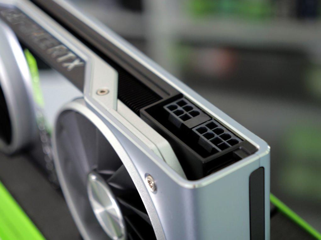Geforce RTX 2080 Super im Test: Kühlung, Taktraten, Lautheit