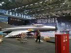 Gamescom 2011: Battlefield-3-Jet nun komplett montiert - Foto und Handy-Video als Beleg (11)