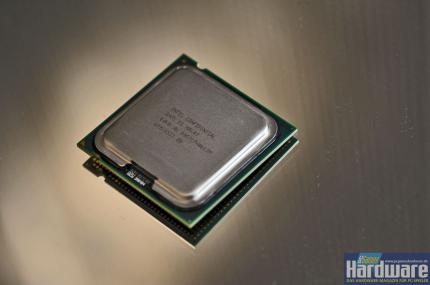 The price for the Core 2 Duo E7200 is said to drop, too.