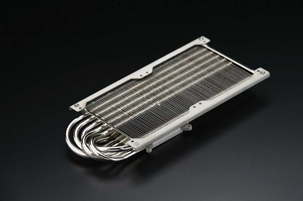 Thermalright T-Rad²: Fits into SLI or Crossfire systems.