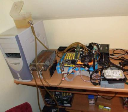 Pawel Milanowski used watercooling for his OC system (picture: Xtremesystems.org)