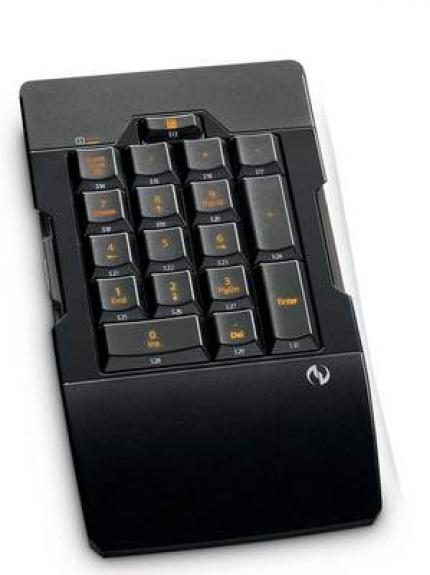 Microsoft Sidewinder X6 Keyboard: The Num Pad is modular and can be attached to the left or right side.
