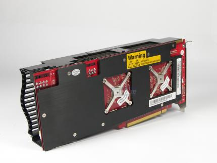 "Gainward HD 4870 X2 Rampage 700 ""Golden Sample"" (12)"
