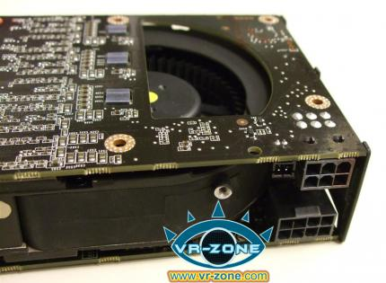 Geforce GTX 295 - The first pictures already surfaced on the web. PC Games Hardware is preparing a review.