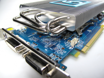 Sparkle Geforce 9800GT Coolpipe (1)