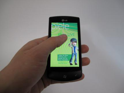 Test: LG E900 Optimus 7 mit Windows Phone 7 (12)