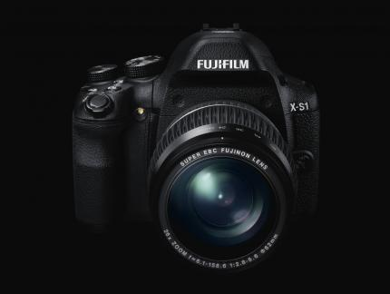 Fujifilm S-X1: High-End-Bridgekamera kommt im Februar