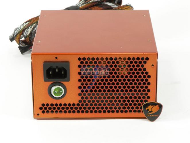 Cougar CM Power 700 Watt (3)