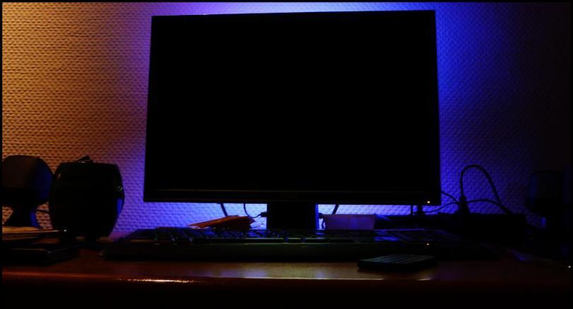 erste hilfe blackscreen was tun wenn der monitor streikt. Black Bedroom Furniture Sets. Home Design Ideas