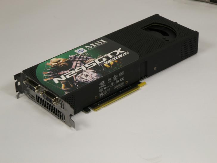 Dual-PCB-Version der Geforce GTX 295