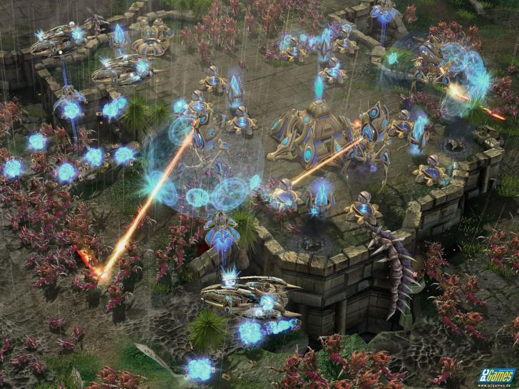 Starcraft 2: Wings of Liberty - large combats with many units and effects are demanding to the hardware. Where's the point when a computer can display it smoothly? (1)