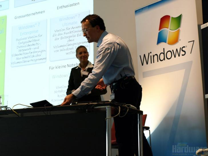 Microsoft Windows 7 press conference in Hannover (1)