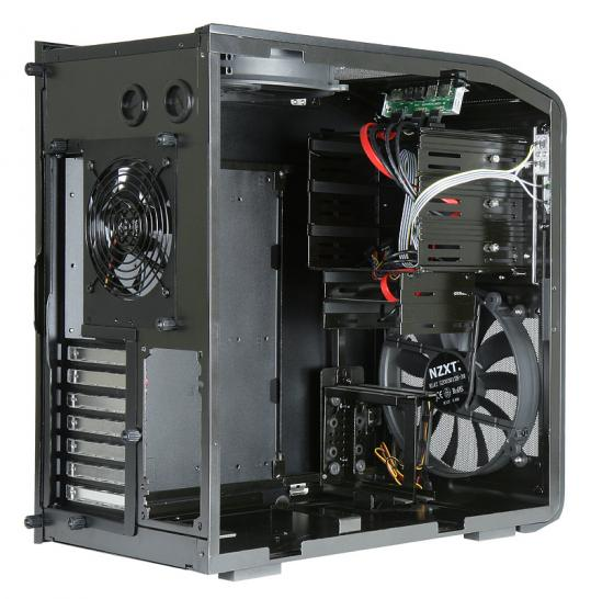 NZXT Panzerbox: Compact aluminum case (1)