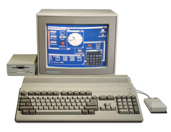 Atari vs. Commodore: der Heimcomputer-Krieg (PCGH-Retro, 2 ...