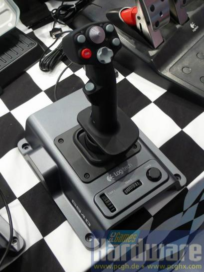 Logitech Flight System G940 Joystick 00