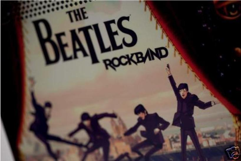 """The Beatles: Rock Band"" Xbox-360-Konsole (1)"