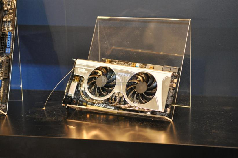 MSI-Radeon-HD-5870-Lightning-Cebit-2010-01.JPG