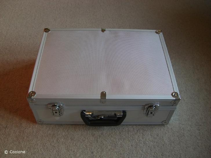 Command & Conquer 4 Tiberian Twilight - Portable High-end Gaming Case Mod 2010 (1)