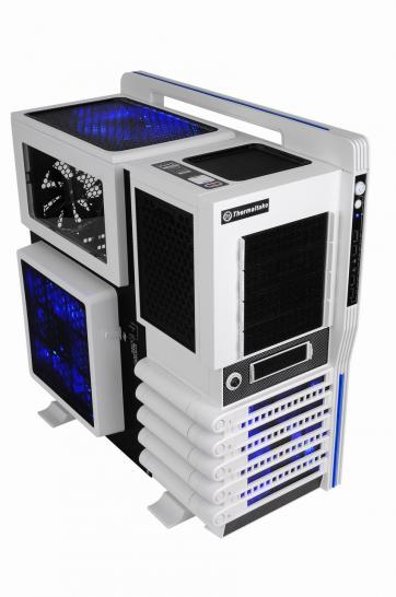 Thermaltake Level 10 GT: Snow White (1)