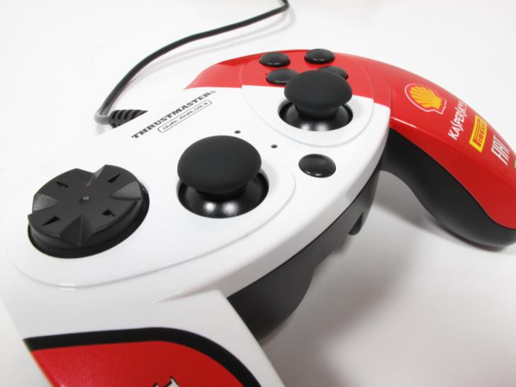 Thrustmaster F1 Dual Analog-Gamepad