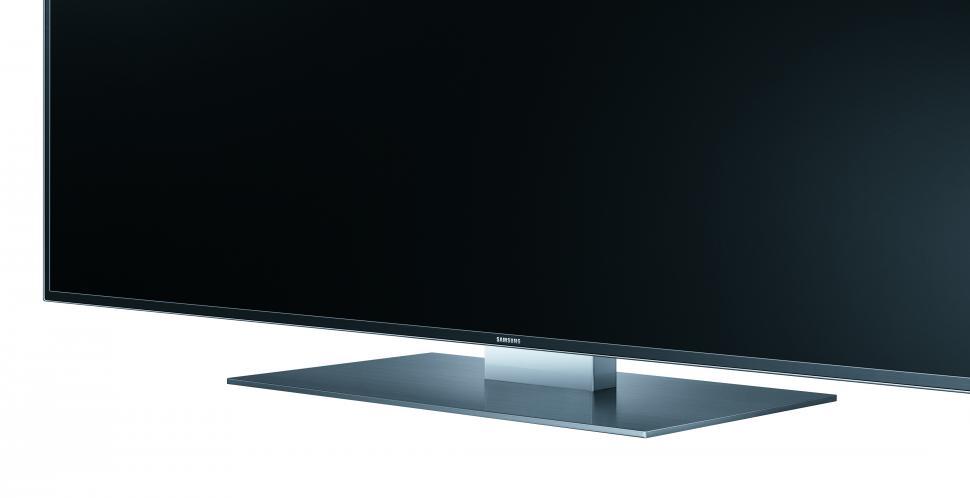 samsung und ultra hd 31 5 zoll pc monitor 98 zoll wand. Black Bedroom Furniture Sets. Home Design Ideas
