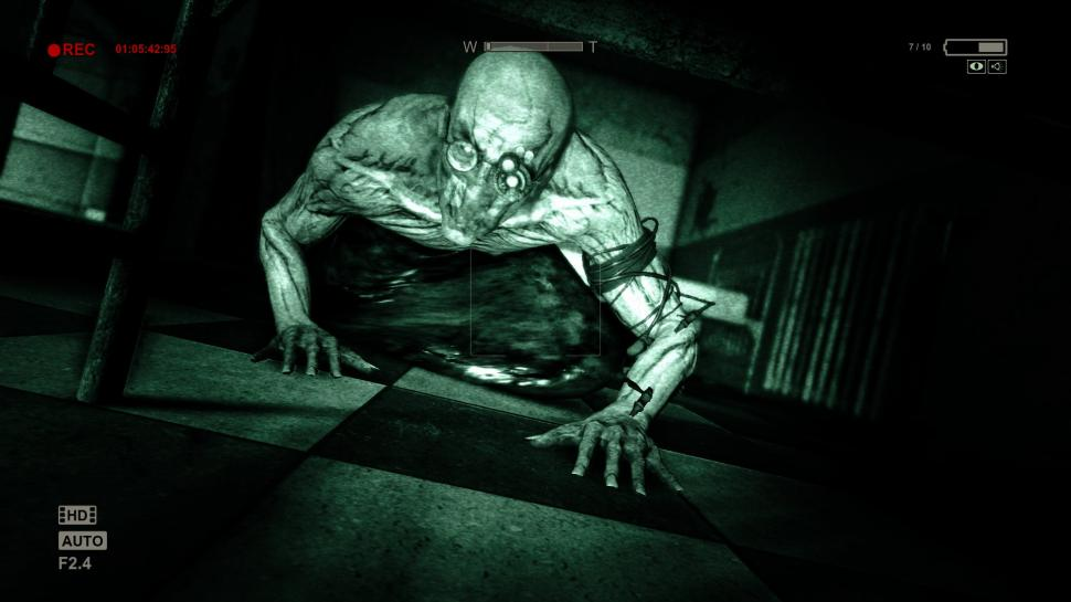 *NEU* Outlast (Presse/User: 79 versus 86)