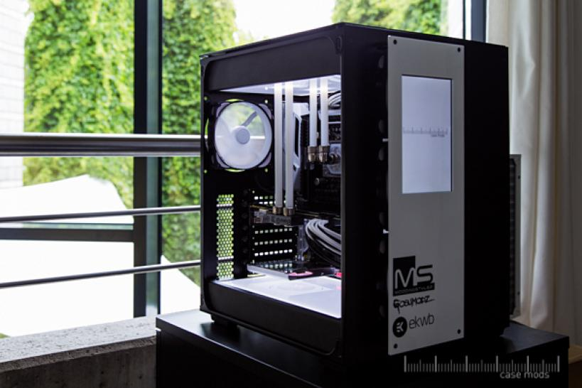 White99: Edle Carbide-Air-540-Casemod in Schwarz-Weiß (1)