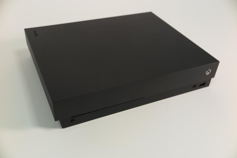 Die Xbox One X Im Hands On Lohnt Sich Die Neue Konsole Von Microsoft