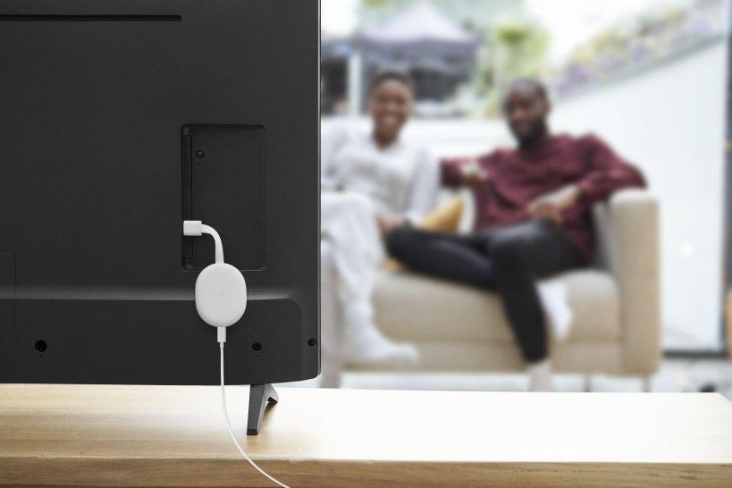google chromecast mit google tv wohnzimmer film schauen