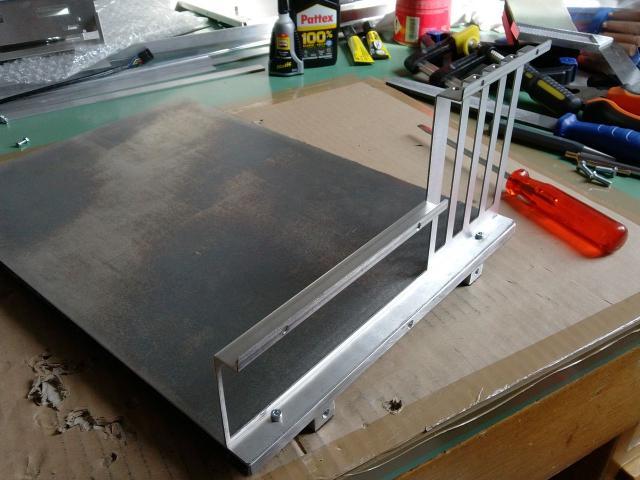alu casecon mit mainboard schlitten und material f r ber 600 euro update stundenlanges. Black Bedroom Furniture Sets. Home Design Ideas