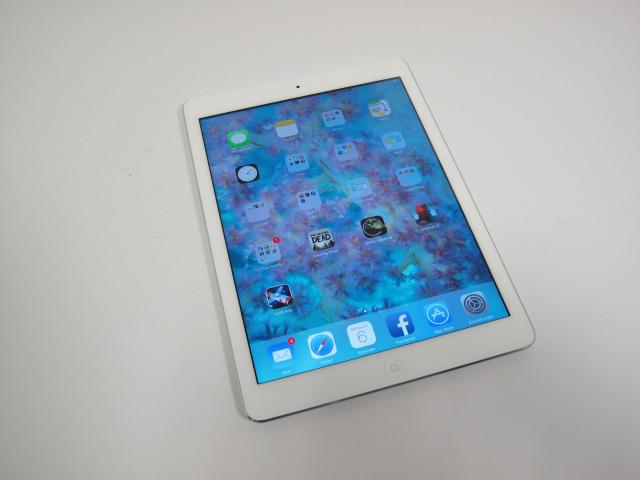 apple ipad air im test lohnt sich das tablet mit model ma en. Black Bedroom Furniture Sets. Home Design Ideas