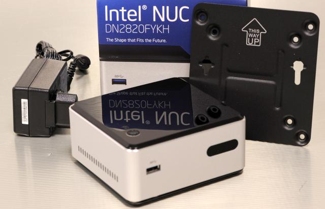 intel nuc dn2820fykh das kann der baytrail mini barebone. Black Bedroom Furniture Sets. Home Design Ideas