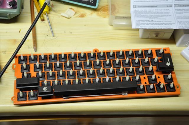 pcghx tastatur im eigenbau eine schreibmaschine wird zum pc keyboard. Black Bedroom Furniture Sets. Home Design Ideas
