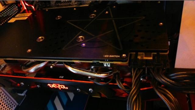 Powercolor Radeon RX 580 Red Devil GS mit 2,5-Slot-Kühler abgelichtet