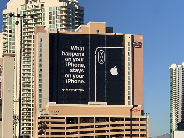 iphone apple wirbt zur ces in las vegas mit privatsph re. Black Bedroom Furniture Sets. Home Design Ideas