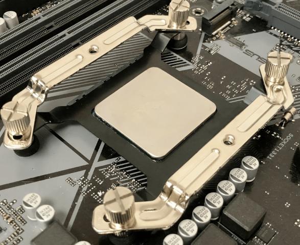 Für Ryzen-CPUs: Gelid präsentiert AM4-Schutzhalterung gegen Ausreißen - PC Games Hardware