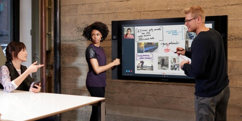 Surface Hub: 84-Zoll-4k-Display
