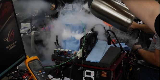 Core i9-9900K: der8auer mit neuen Erkenntnissen zum Extrem